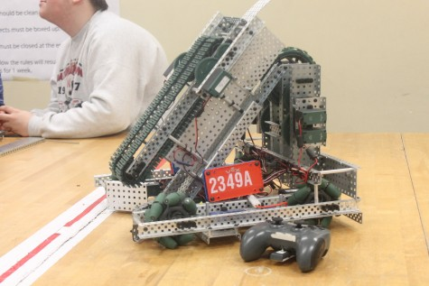 Robotics team takes first place, qualifies for state competitions