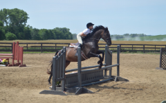 Teenager relieves stress with equestrian sports