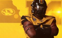 Deshawn Woods commits to Missouri for football